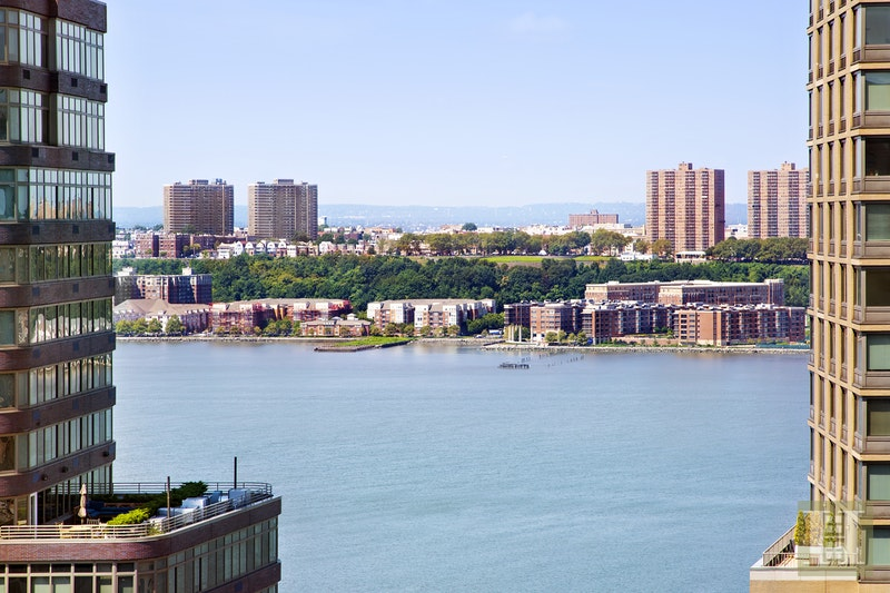 165 WEST END AVENUE 25R, Upper West Side, $1,499,000, Web #: 17276819