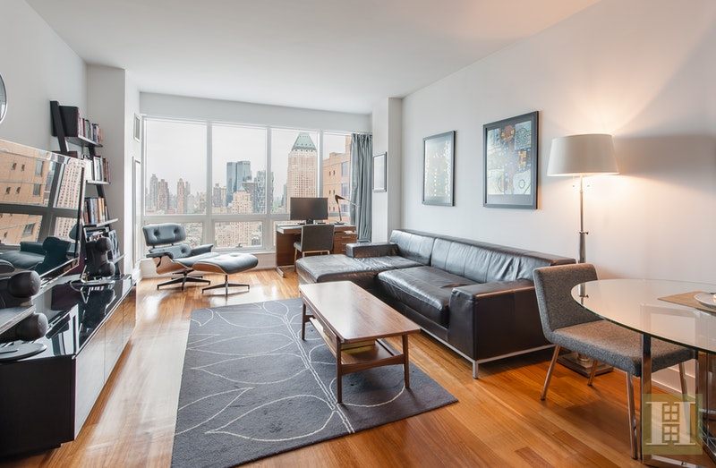 350 WEST 42ND STREET 38C, Midtown West, $1,475,000, Web #: 17313664