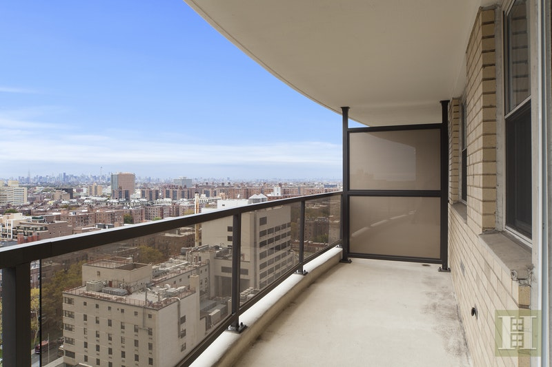 102 -10 66TH ROAD 15F, Forest Hills, $550,000, Web #: 17408399