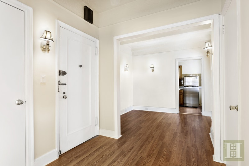 108 EAST 91ST STREET, Upper East Side, $795,000, Web #: 17447949