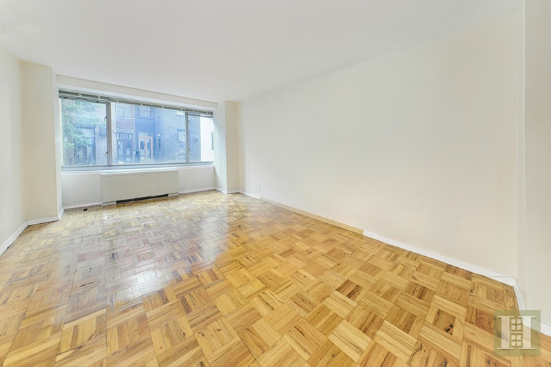 315 WEST 70TH STREET 3E, Upper West Side, $699,000, Web #: 17471711