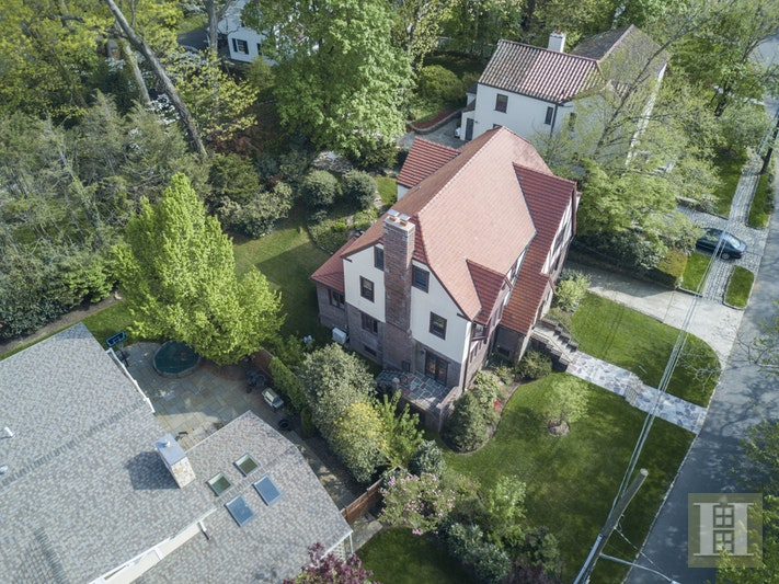 4746 ISELIN AVENUE, Fieldston, $1,825,000, Web #: 17499648