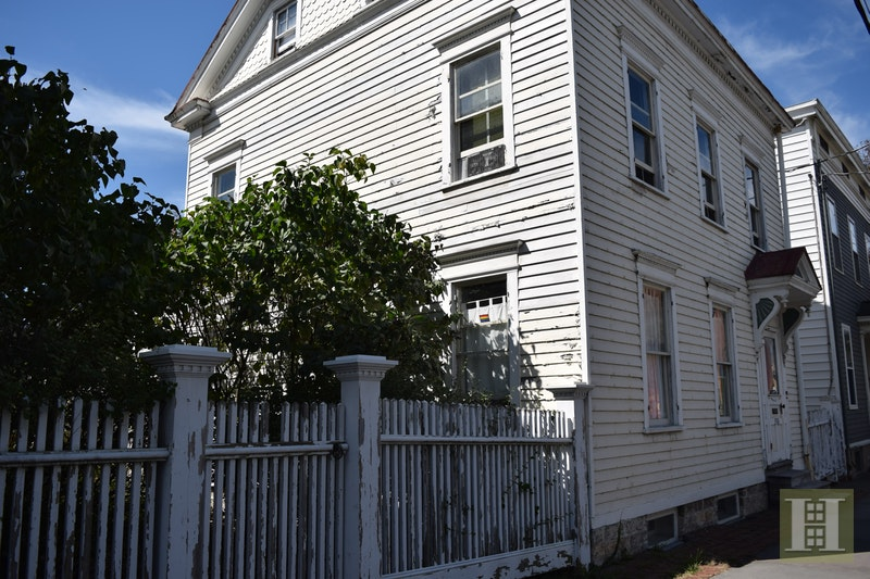 C1830 FEDERAL ON A HUDSON DOUBLE LOT, Hudson, $499,000, Web #: 17555049