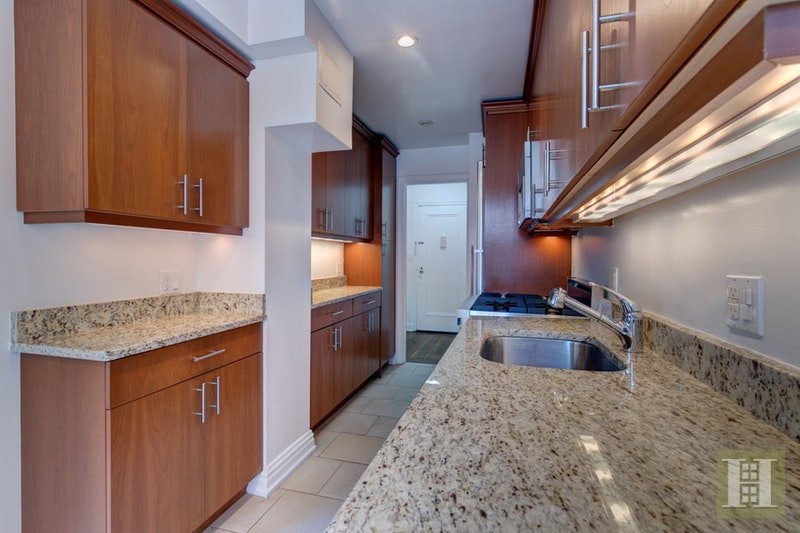 15 PARK AVENUE 16A, Midtown East, $4,595, Web #: 17555862