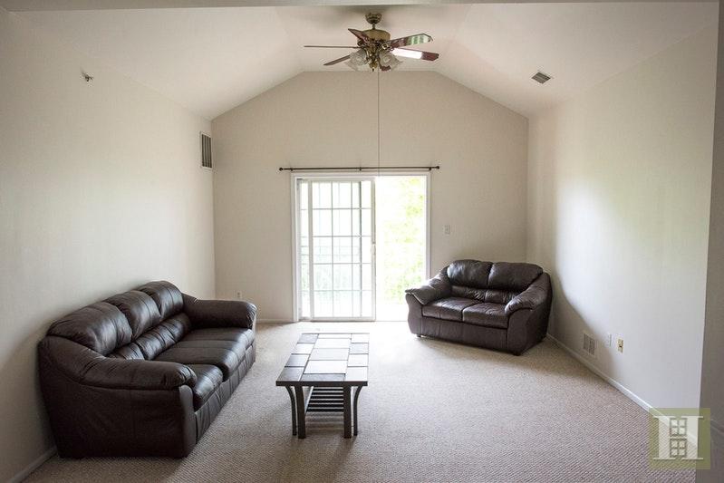 832 DOMINICK CT, South Plainfield, $269,000, Web #: 17560453