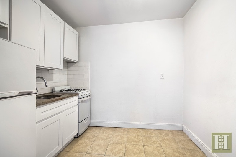 404 WEST 51ST STREET 1B, Midtown West, $2,600, Web #: 17588529