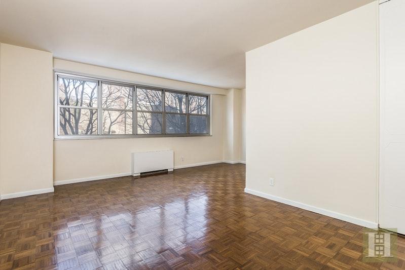 555 KAPPOCK STREET 3M, Spuyten Duyvil, $130,000, Web #: 17597248