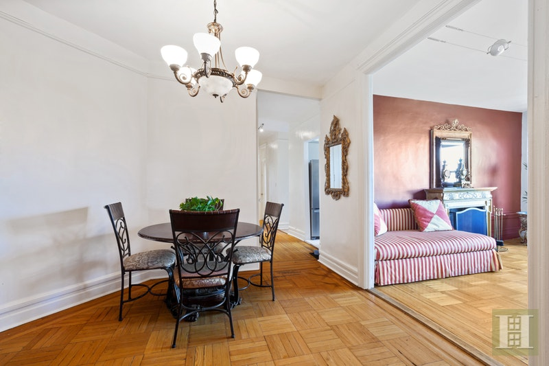 870 RIVERSIDE DRIVE 5B, Washington Heights, $699,000, Web #: 17652100