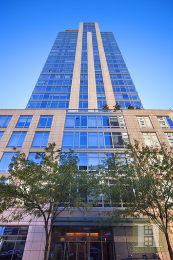 450 EAST 83RD STREET 19C, Upper East Side, $2,495,000, Web #: 17655447