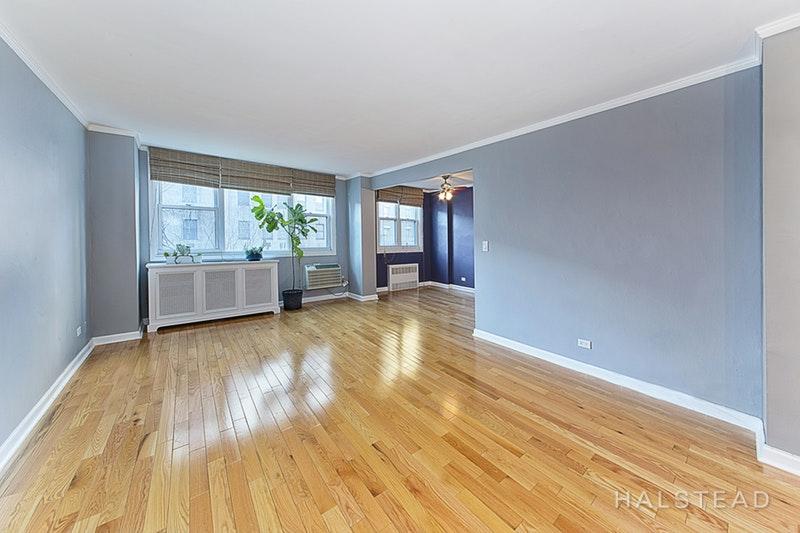 77 SEVENTH AVENUE, Chelsea, $3,250, Web #: 17660245