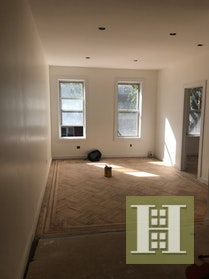 2BD/1BTH  TOTALLY RENOVATED