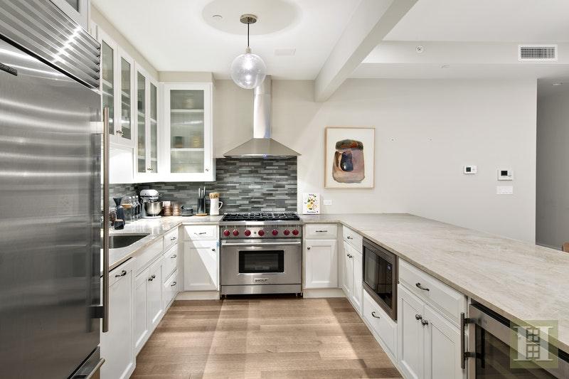 138 PIERREPONT STREET 2A, Brooklyn Heights, $3,650,000, Web #: 17719899