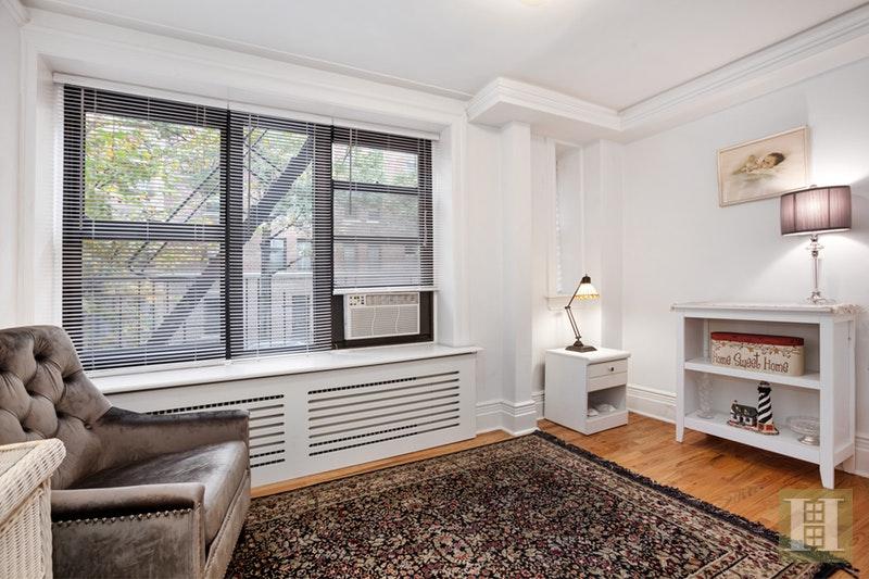 COMPLETELY RENOVATED GEM, Upper East Side, $519,000, Web #: 17726120