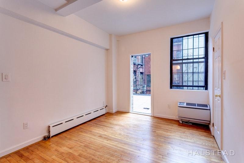 15 PARK AVENUE G2, Midtown East, $4,426, Web #: 17726333