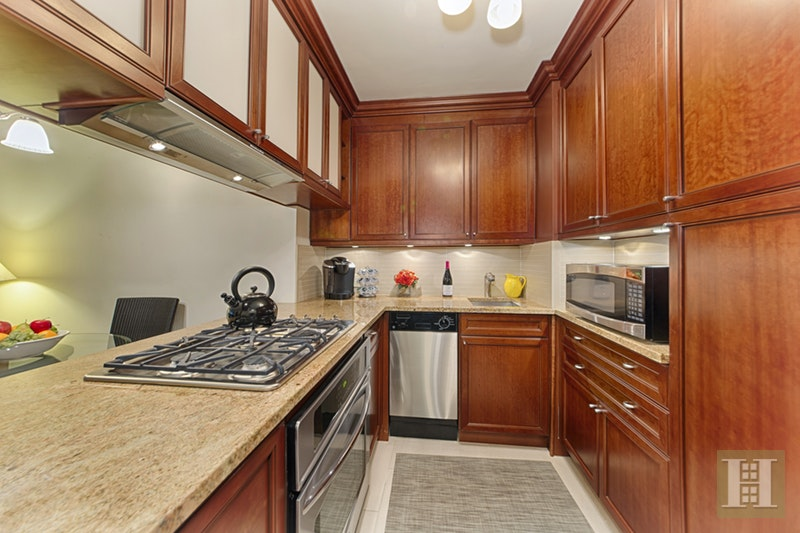 301 EAST 22ND STREET 7S, Gramercy Park, $690,000, Web #: 17772218