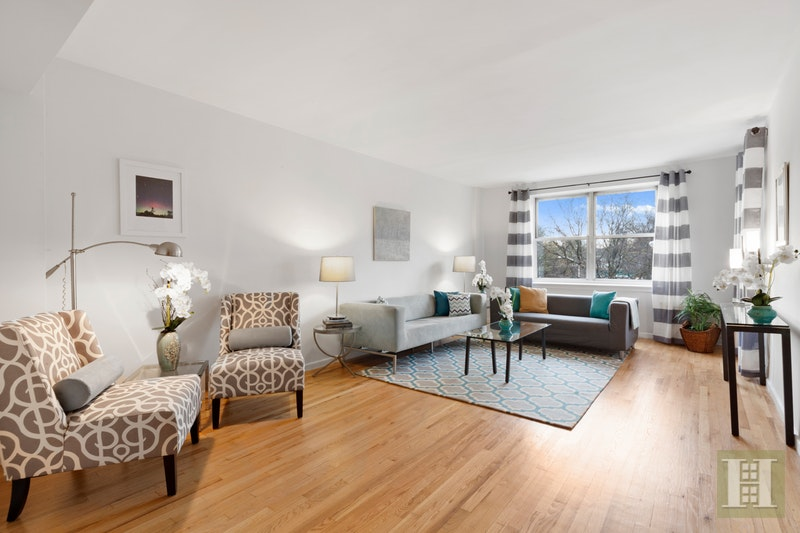 70 RIVERSIDE DRIVE 2G, Upper West Side, $1,399,000, Web #: 17783838