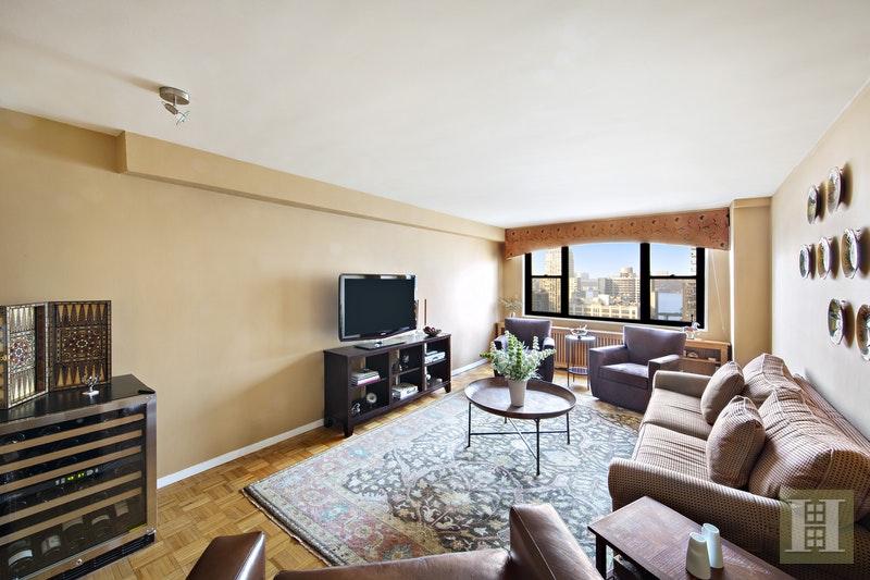 165 WEST 66TH STREET 19D, Upper West Side, $849,000, Web #: 17826194