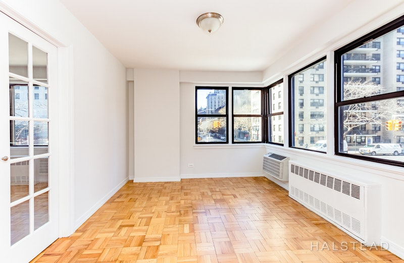 200 EAST 15TH STREET 2H, Gramercy Park, $4,900, Web #: 17911350