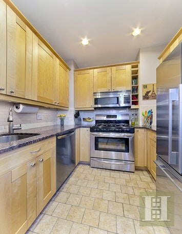 250 WEST 103RD STREET 11A, Upper West Side, $1,295,000, Web #: 17925482
