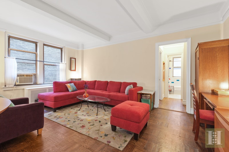 108 EAST 91ST STREET 2C, Upper East Side, $525,000, Web #: 17953301
