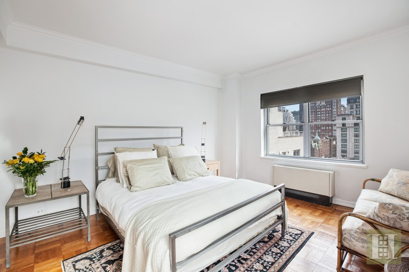 605 PARK AVENUE 12A, Upper East Side, $2,695,000, Web #: 17962192