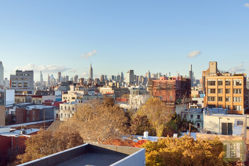 537 LORIMER STREET 301, Williamsburg, $950,000, Web #: 17962672