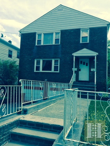 186 HOOVER AVENUE, Bloomfield, $2,000, Web #: 17976424