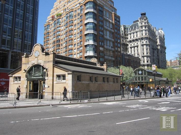 230 WEST END AVENUE 15A, Upper West Side, $275,000, Web #: 17999371