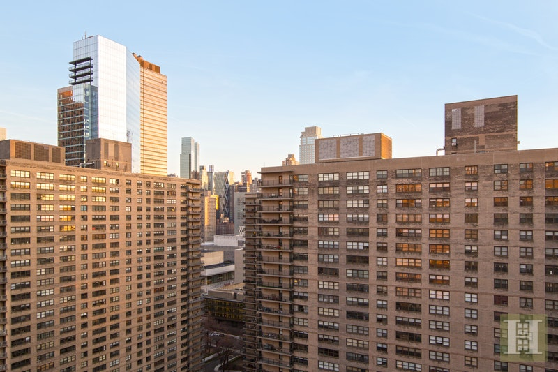 180 WEST END AVENUE, Upper West Side, $849,000, Web #: 18013190