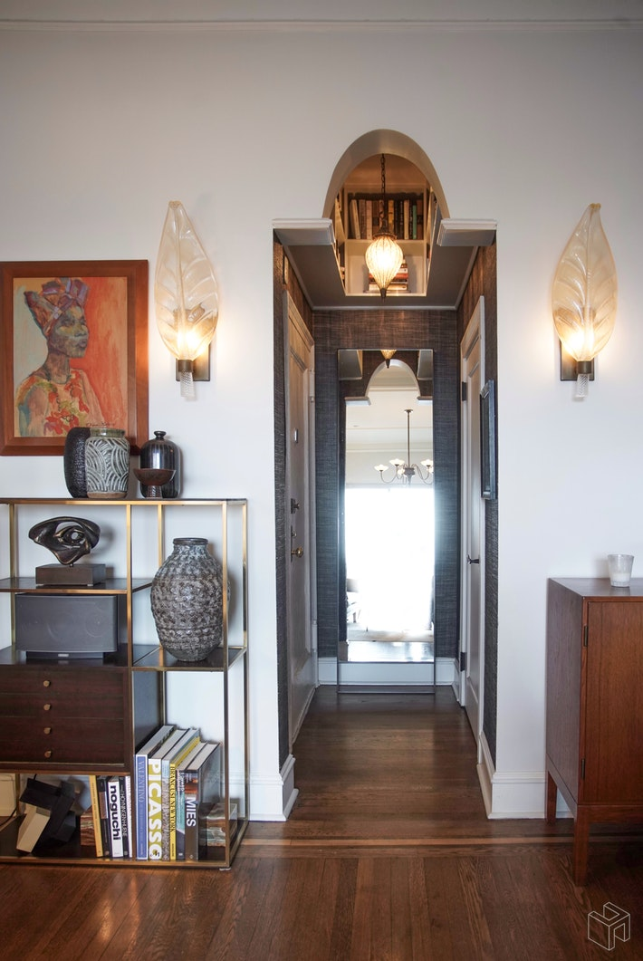 310 WEST 106TH STREET PHC, Upper West Side, $1,100,000, Web #: 18013563