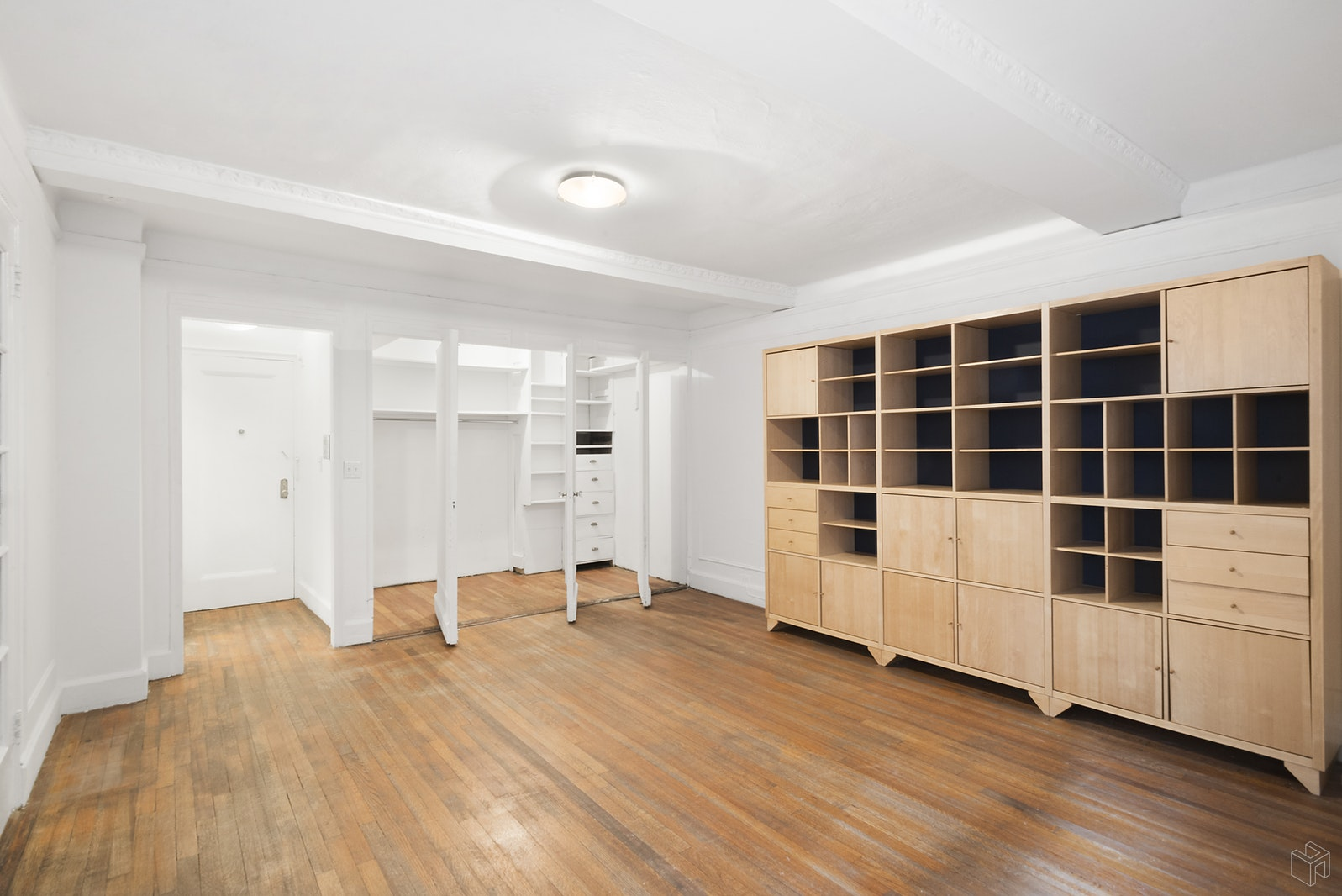 12 EAST 97TH STREET 3L, Upper East Side, $399,000, Web #: 18019506