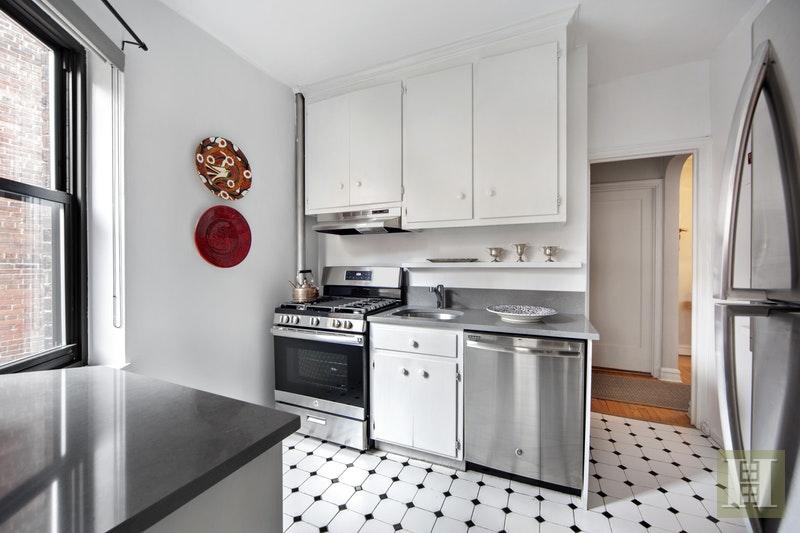 225 EAST 74TH STREET, Upper East Side, $775,000, Web #: 18052065
