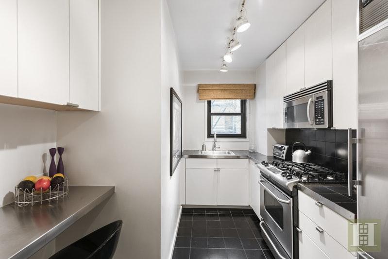 201 WEST 21ST STREET 2F, Chelsea, $855,000, Web #: 18057460