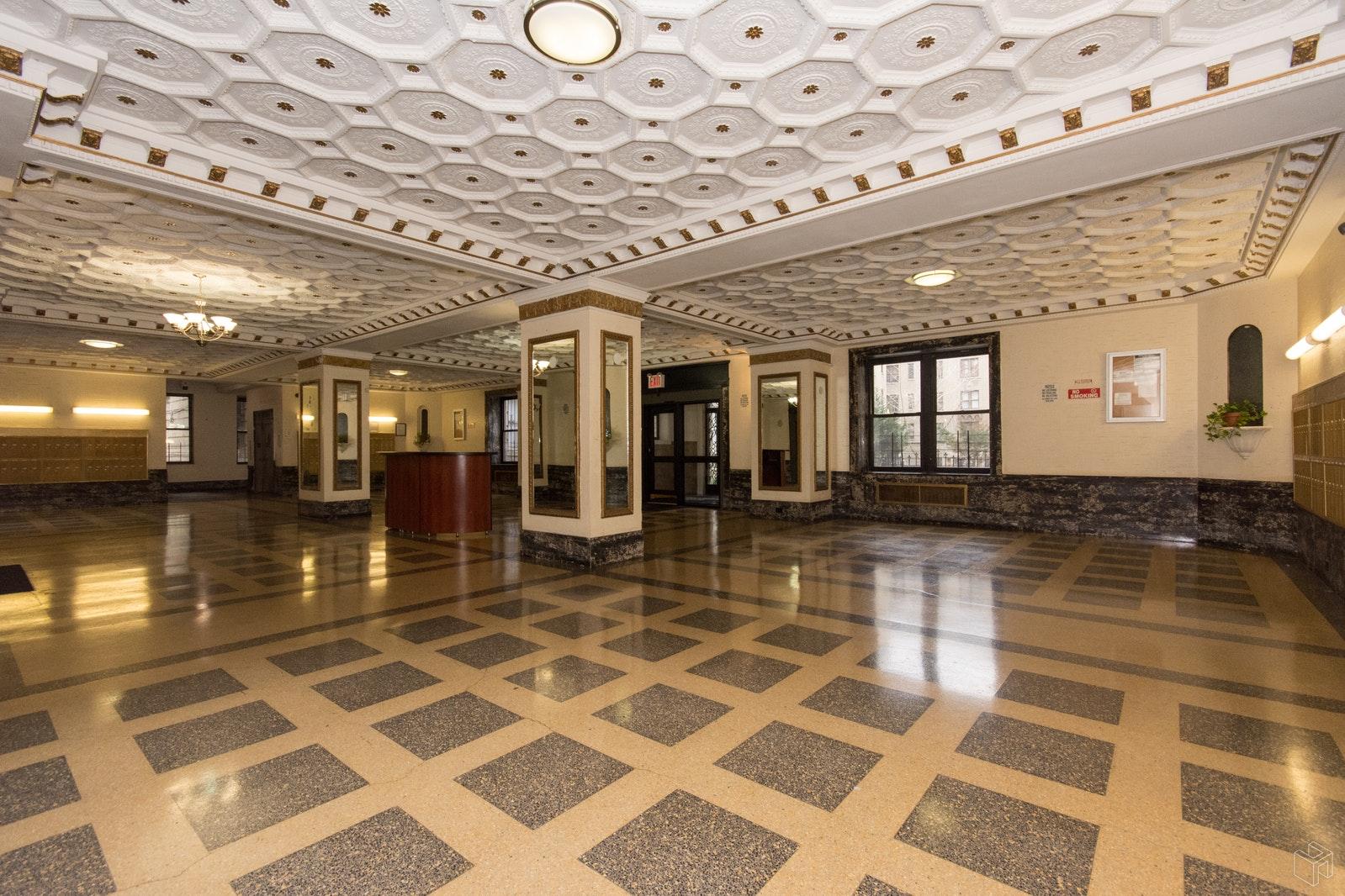 811 WALTON AVENUE, Concourse, $245,000, Web #: 18069572