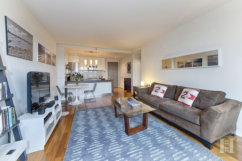 58 METROPOLITAN AVENUE 2D, Williamsburg, $890,000, Web #: 18072486