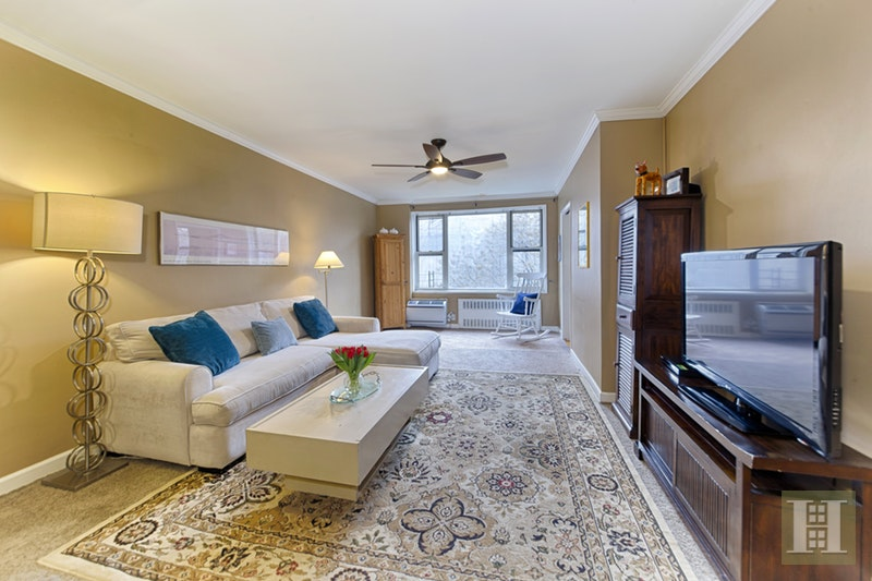 225 EAST 76TH STREET 4C, Upper East Side, $735,000, Web #: 18111145