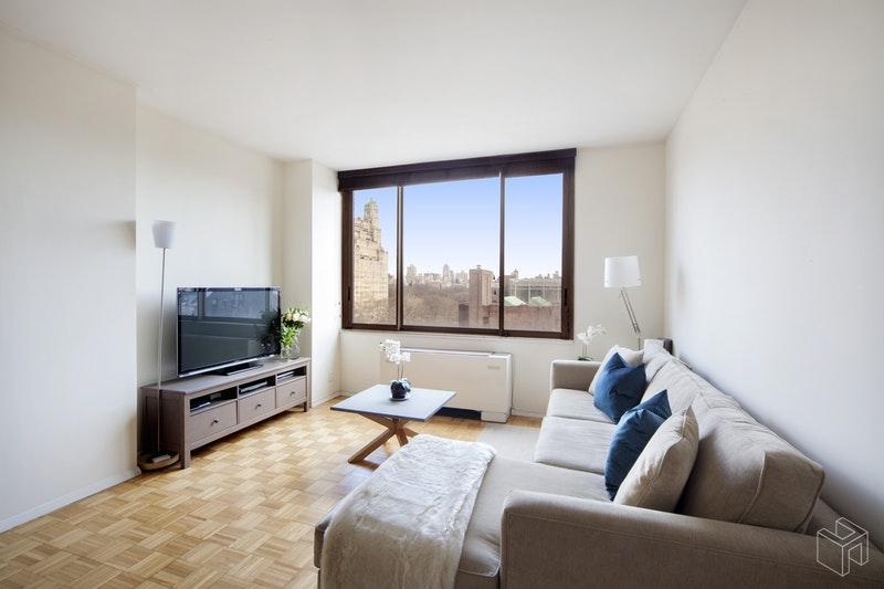101 WEST 79TH STREET, Upper West Side, $1,595,000, Web #: 18190563