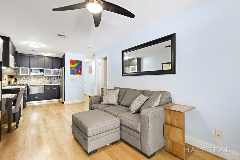 212 BENNETT AVENUE 3D, Washington Heights, $2,295, Web #: 18222822