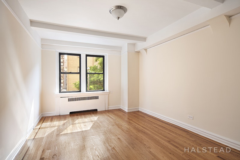 231 EAST 76TH STREET 5F, Upper East Side, $3,700, Web #: 18236310