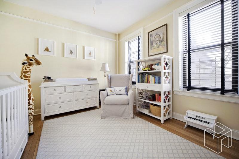 325 EAST 80TH STREET 4A, Upper East Side, $890,000, Web #: 18269655