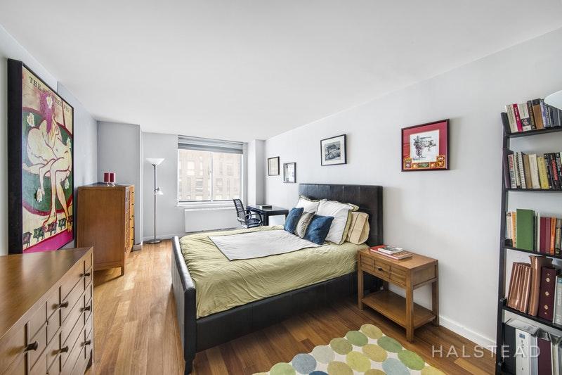275 GREENWICH STREET, Tribeca, $4,900, Web #: 18288396