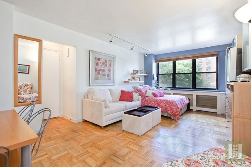 301 EAST 63RD STREET 3D, Upper East Side, $2,250, Web #: 18290132