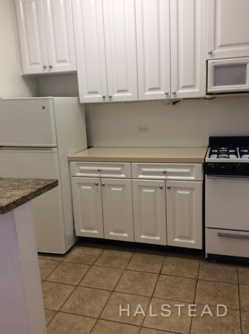 406 WEST 51ST STREET 4A, Midtown West, $2,650, Web #: 18345445