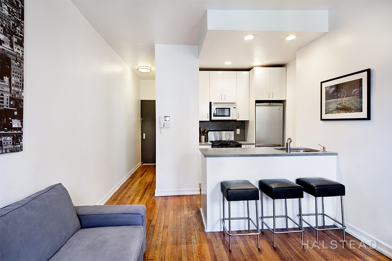 237 EAST 88TH STREET 501, Upper East Side, $2,600, Web #: 18367624