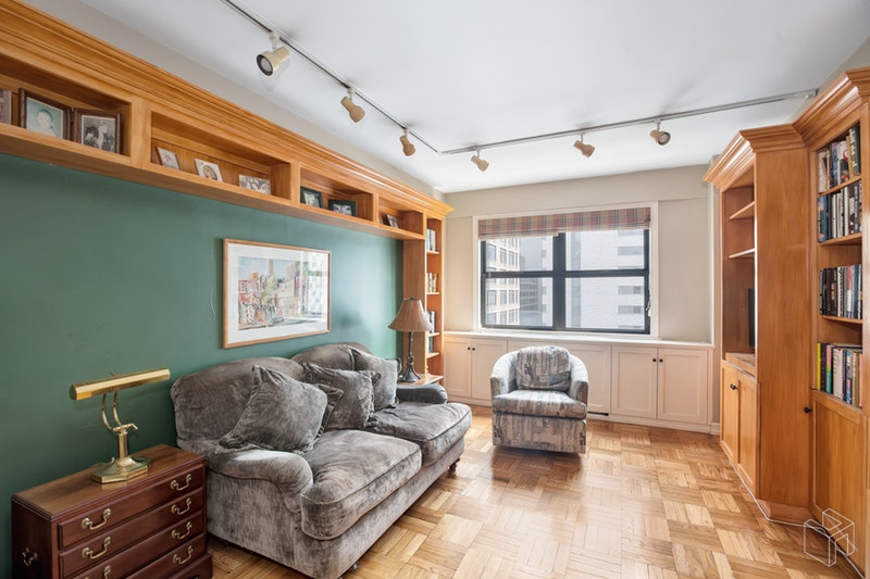 CONVERTIBLE 3 BD, W VIEWS UES, Upper East Side, $1,225,000, Web #: 18382012
