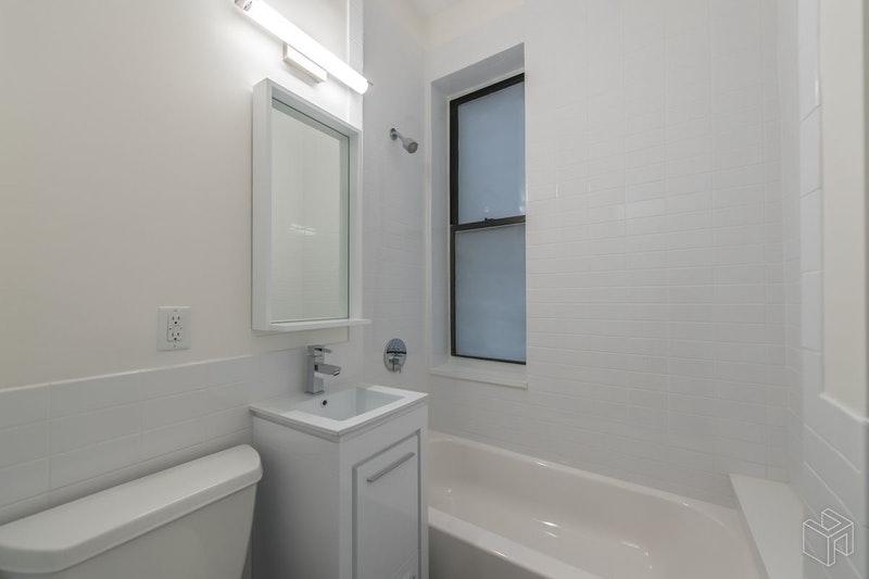17 WEST 125TH STREET 5A, Harlem, $2,500, Web #: 18427860