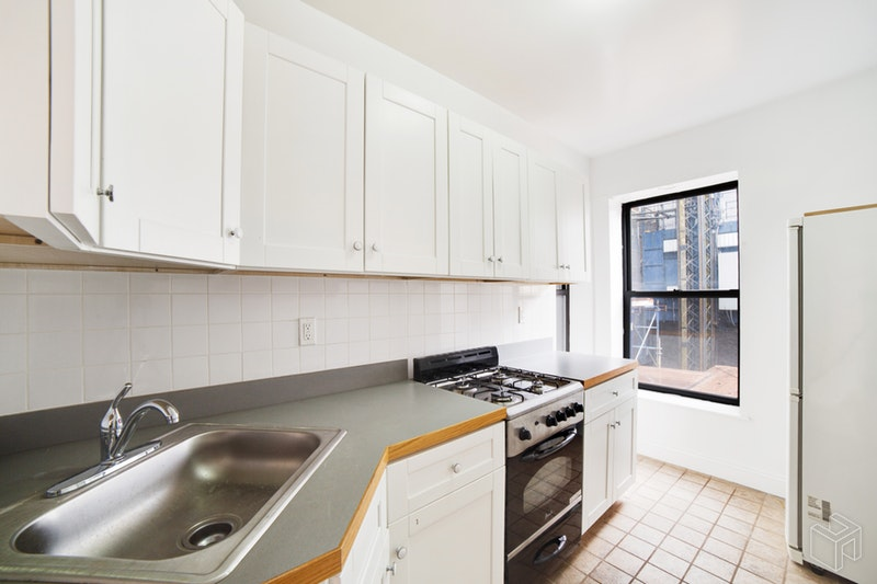 1566 THIRD AVENUE 3E, Upper East Side, $2,500, Web #: 18437729