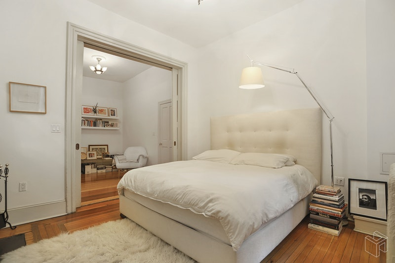 20 WEST 16TH STREET PARLOR/DUP, Chelsea, $12,400, Web #: 18466221
