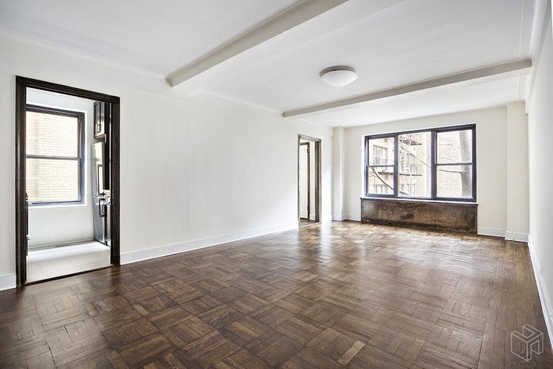 56 SEVENTH AVENUE, West Village, $3,600, Web #: 18488199
