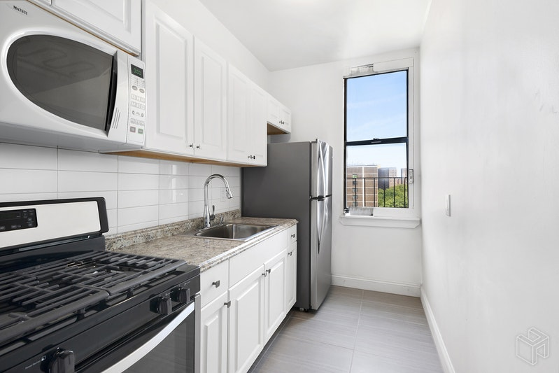 HARLEM, Central Harlem, $428,000, Web #: 18492805
